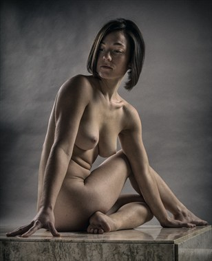 Triangle Artistic Nude Photo by Photographer rick jolson