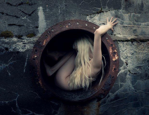 Tunnel Artistic Nude Photo by Photographer Bkort photography