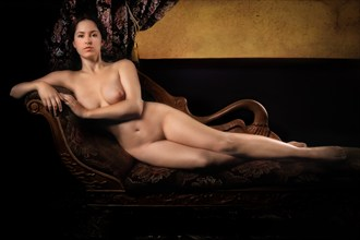 Umbrian Nude %232 Artistic Nude Photo by Photographer Vincent Isner