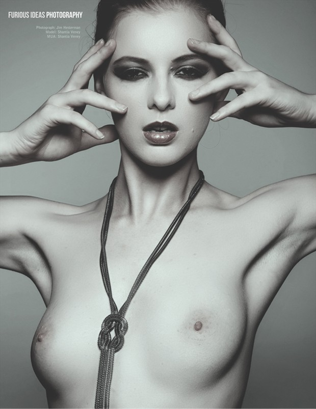 Undeniably Substantial Artistic Nude Photo by Model Shaun Tia