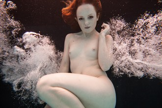 Underwater Dreaming III Artistic Nude Photo by Photographer Christopher Meredith