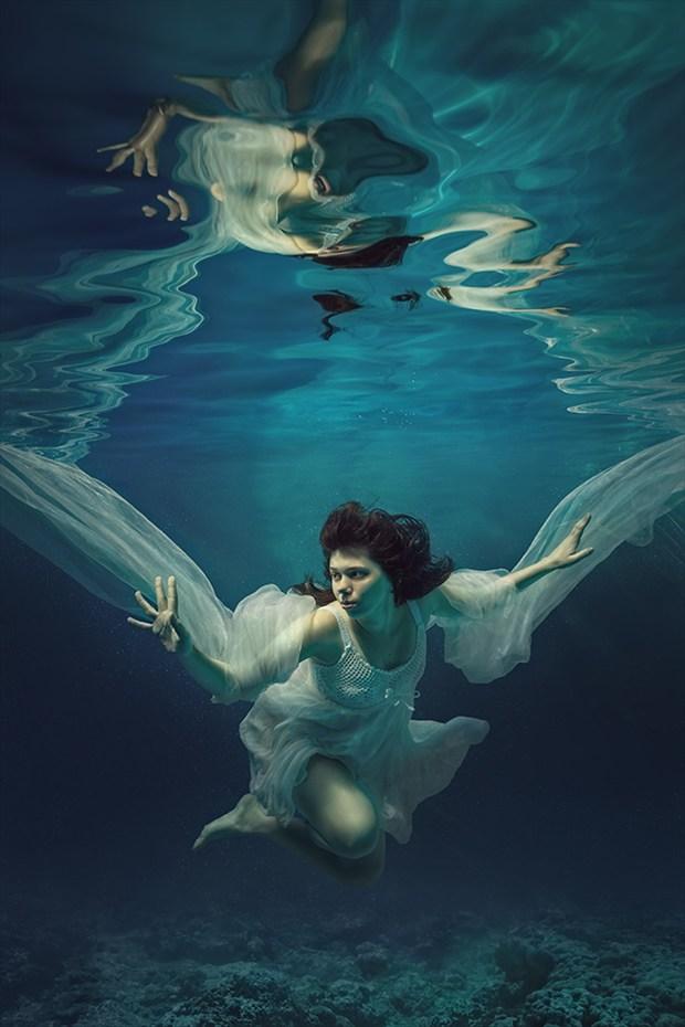 Underwater angel Cosplay Photo by Photographer dml