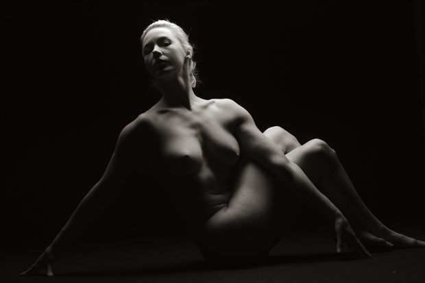 Untitiled Warm Artistic Nude Photo by Photographer Mark Bigelow