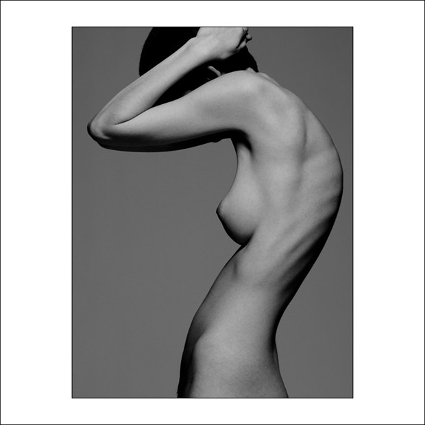 V Nixie %23107 Artistic Nude Photo by Photographer Gregory Garecki