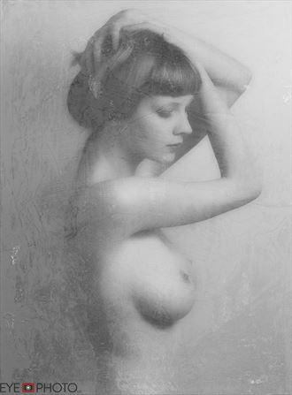 Valentine Artistic Nude Photo by Photographer NIKONCAMERACT