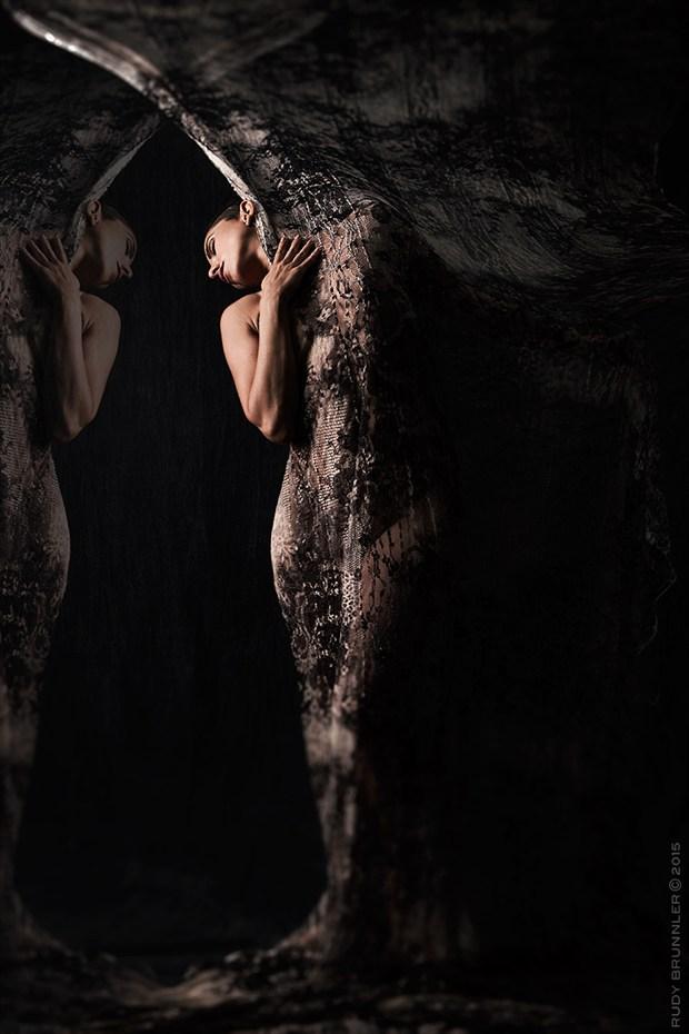 Veil of Maya Artistic Nude Photo by Photographer RudyBrunnler