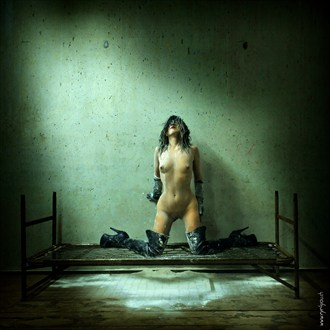 Victime 302   stretching to the light Artistic Nude Photo by Photographer eye4you.ch