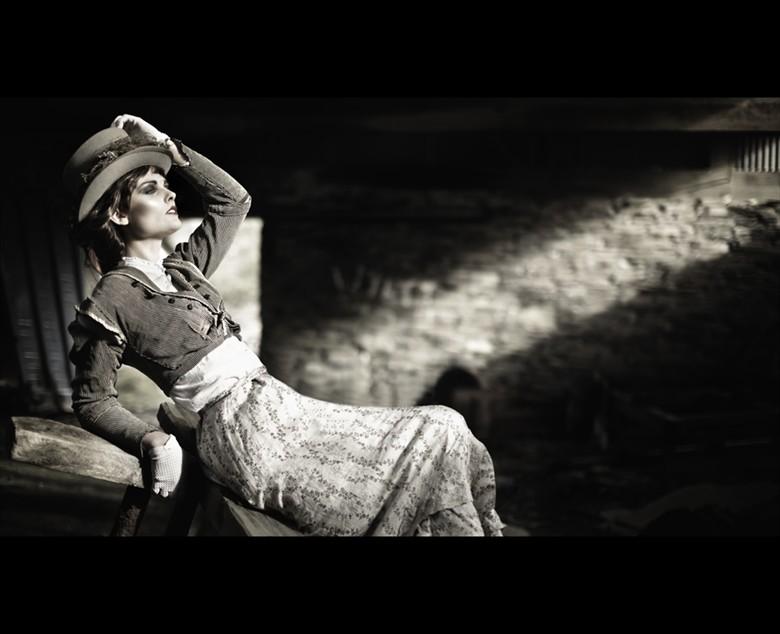 Vintage Style Retro Photo by Photographer Ellie Ellis