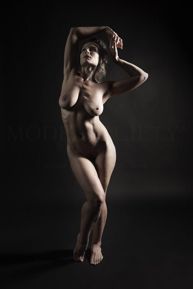 Vitalized view Artistic Nude Photo by Photographer Tommy 2's