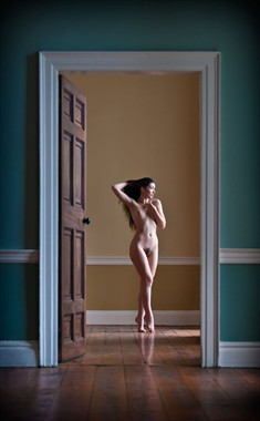 Voyeur Artistic Nude Photo by Photographer Ciaran
