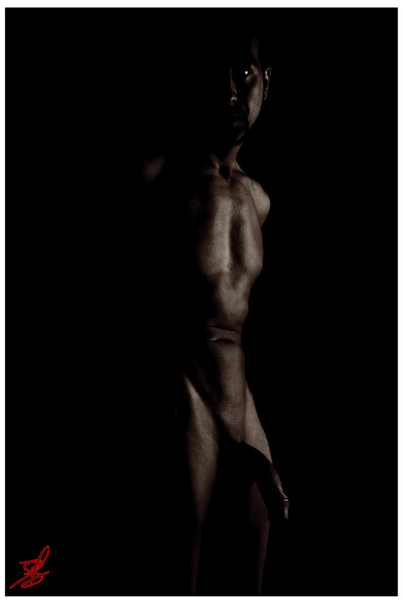 Waiting in the dark Artistic Nude Photo by Model Arash Sharifi