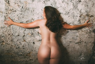 Wall Hugger Artistic Nude Photo by Photographer Syd Redmond Photography