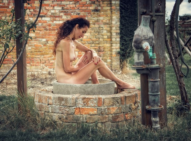 Well, Well, Well Artistic Nude Photo by Photographer MaxOperandi