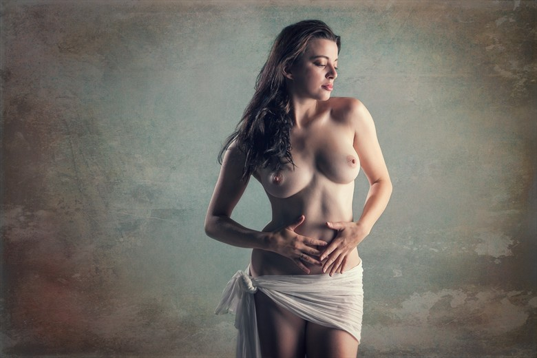 Well Being Artistic Nude Photo by Photographer MaxOperandi