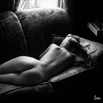 Wentworth Cottage Artistic Nude Photo by Model SierraMalevich