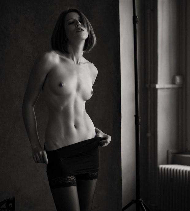 What you do to me Artistic Nude Photo by Photographer MikePFotografie