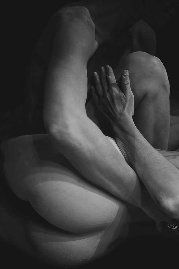 When Souls melt in Art 45 Artistic Nude Photo by Photographer Iroiseorient