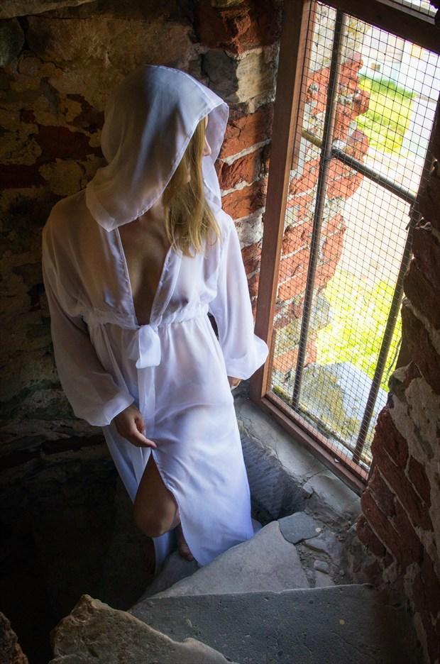 White lady Glamour Photo by Photographer TarmoSiirak