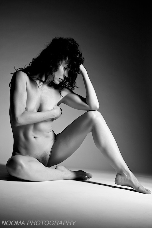 Whiteboard beauty %237 Artistic Nude Photo by Photographer Nooma Photography