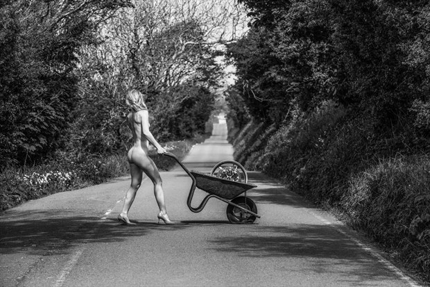 Why did the Lady cross the road%3F Artistic Nude Photo by Photographer MaxOperandi