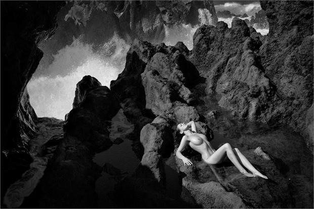 Wild Sea Artistic Nude Photo by Photographer Martin Zurm%C3%BChle