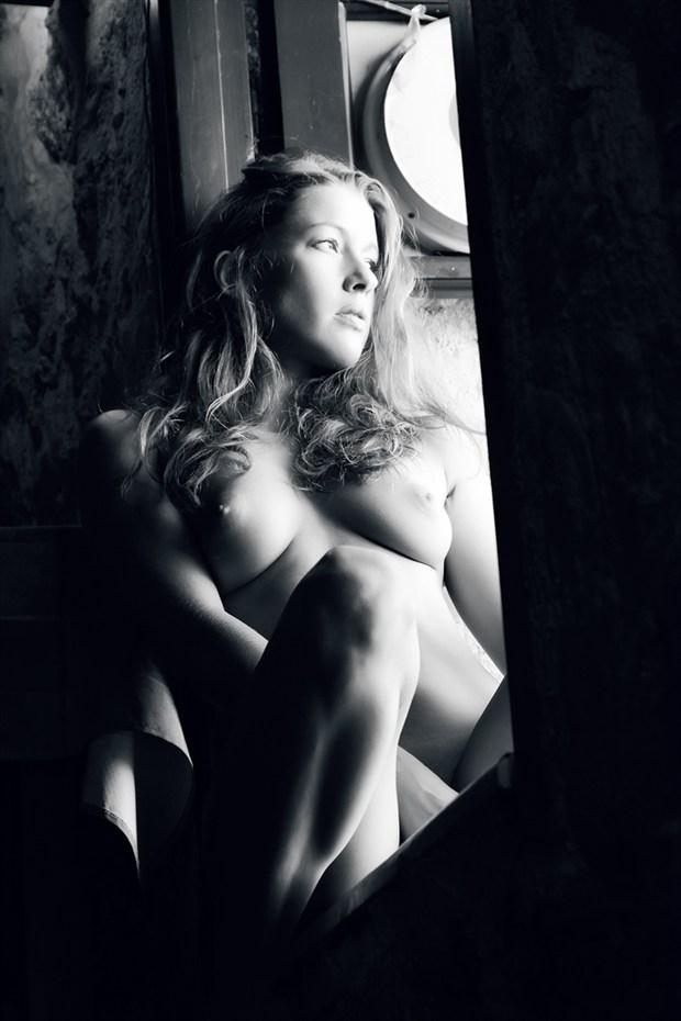 Window II Artistic Nude Photo by Photographer Omega Photography