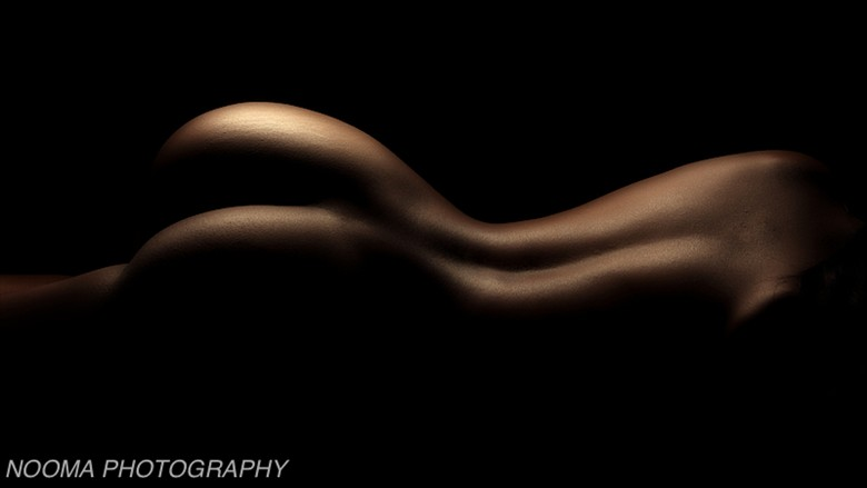 Woman's curve %232 Artistic Nude Photo by Photographer Nooma Photography
