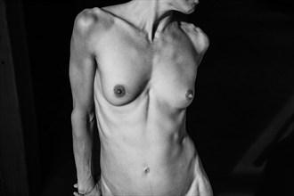 Wondering Artistic Nude Photo by Photographer nodousta