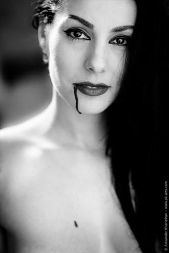 Words Hurt III Artistic Nude Photo by Photographer Alexander Kharlamov