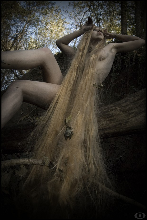 XlcrMoon Artistic Nude Photo by Photographer oracle eyes