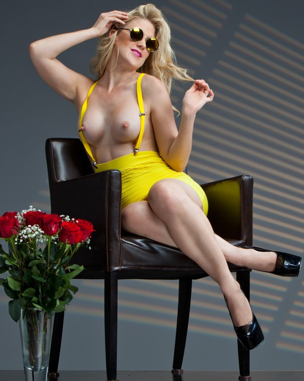 Yellow Rose Artistic Nude Photo by Photographer Eric212