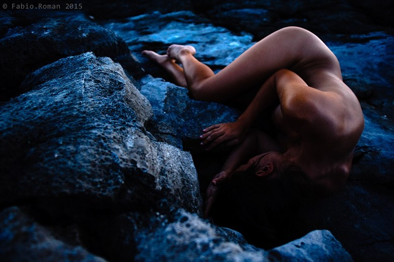 You rock Artistic Nude Photo by Model Elyyy