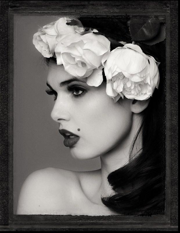 Zoi Portrait Portrait Photo by Photographer RayRapkerg