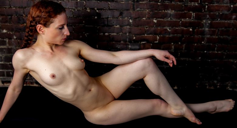a classic pose with abby artistic nude photo by photographer lamont s art works