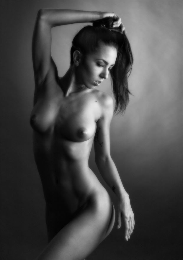 a dancer artistic nude photo by photographer excelsior