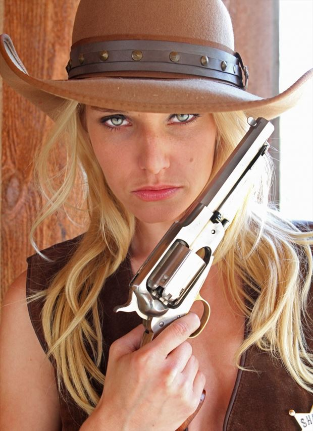 a girl and her gun cosplay photo by photographer shootist