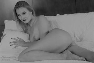 a gracefulfigure study artistic nude photo by photographer jack hall
