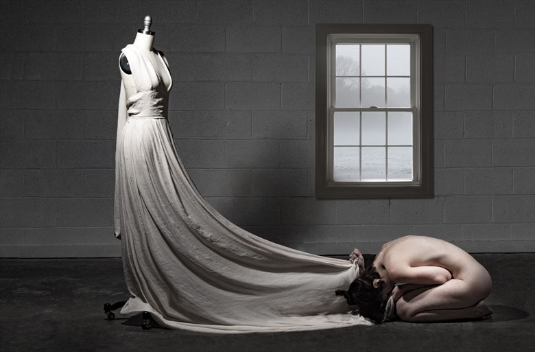 a slave to her art artistic nude artwork by photographer jim setzer