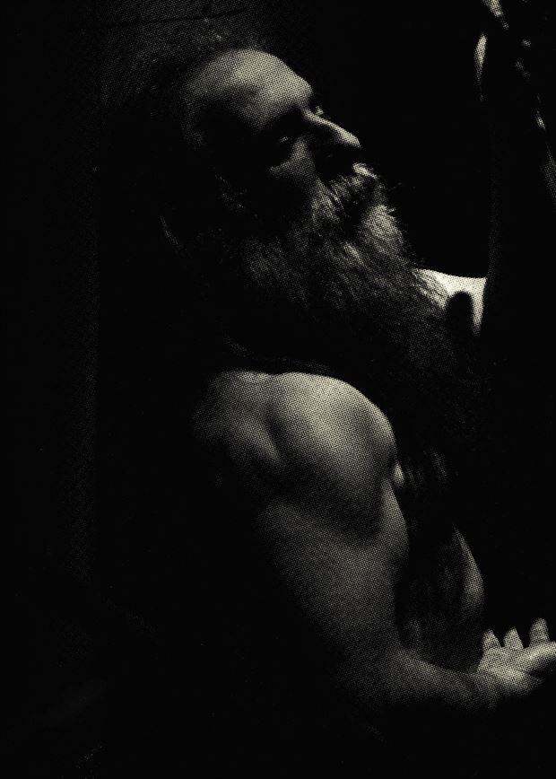 a spotlight in the press figure study photo by model masterarti