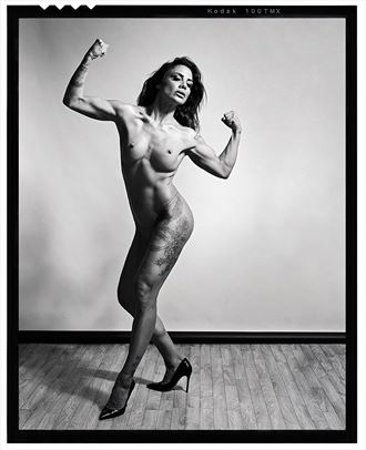 a tribute to r mapplethorpe artistic nude artwork by photographer koray erkaya