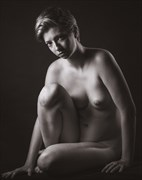 a wary glance artistic nude photo by photographer excelsior