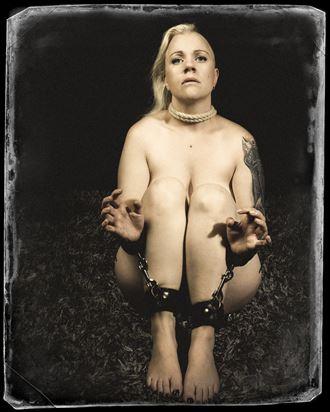 afraid artistic nude photo by model trasselzudd