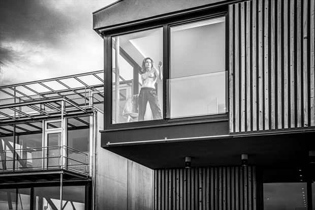 akt und architektur sensual artwork by photographer jens schmidt