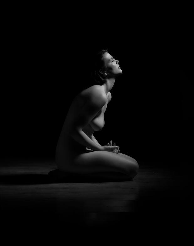 alex artistic nude photo by photographer richard byrne