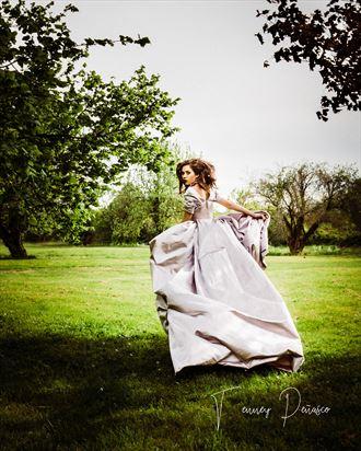 alice in wonderland cosplay artwork by photographer tenney penasco