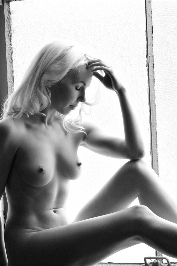 aliclairemodel artistic nude photo by photographer femmesiren