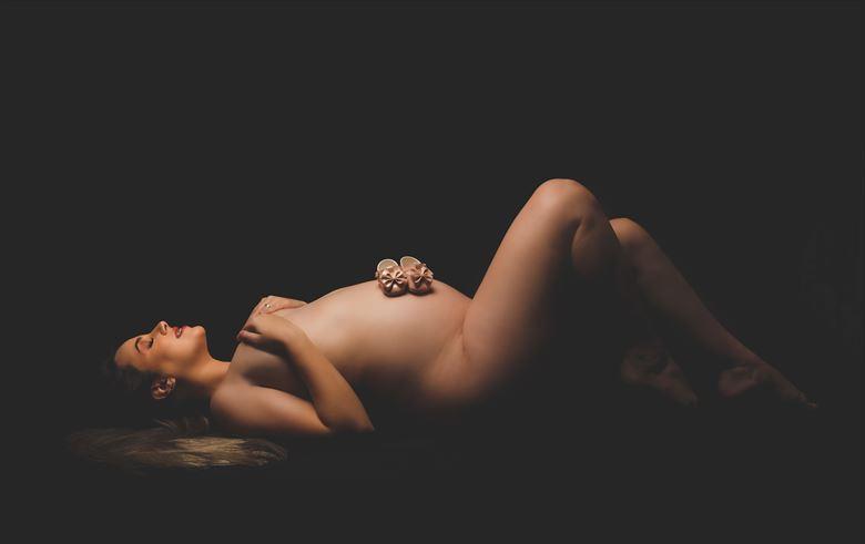 aline 30 weeks photo 6 artistic nude photo by photographer sky light studio