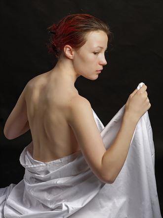 aline artistic nude photo by photographer alavi