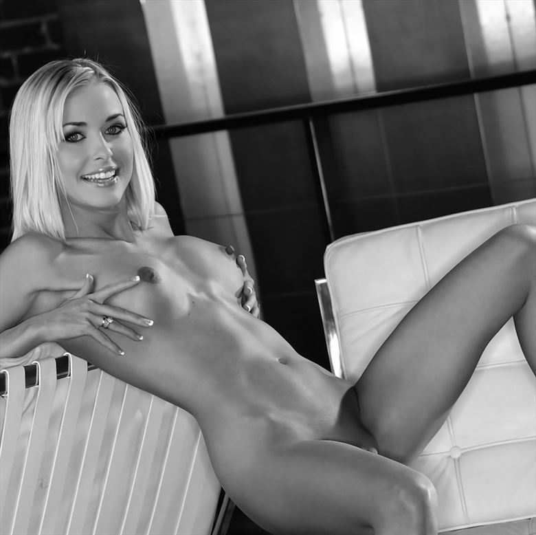 all laid back artistic nude artwork by model leggykelly
