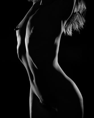 all shadow artistic nude photo by photographer 2photographics